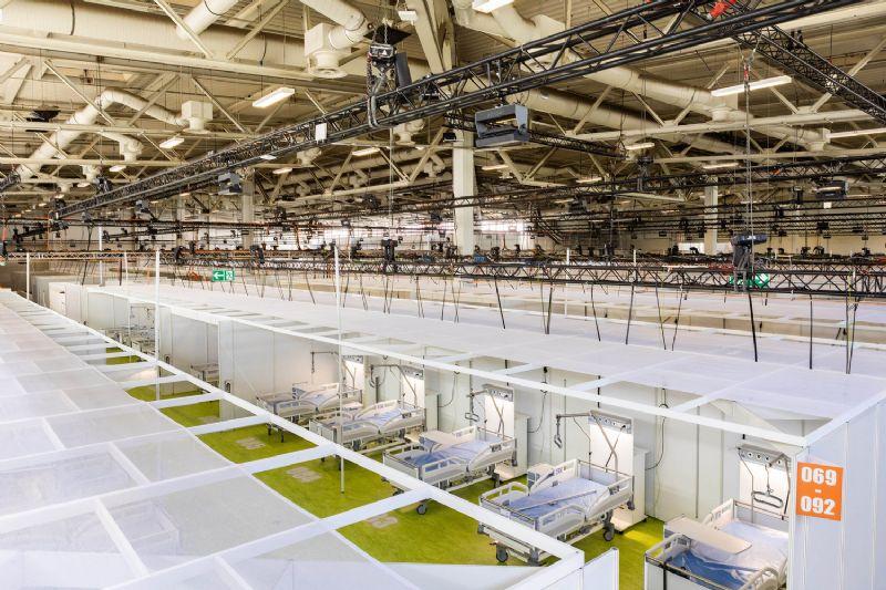 Des halles de foires rapidement transformables en hôpital
