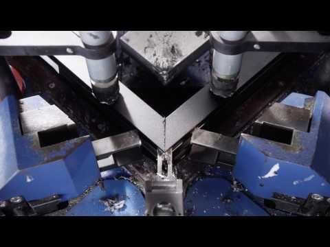 Trailer Reynaers Aluminium