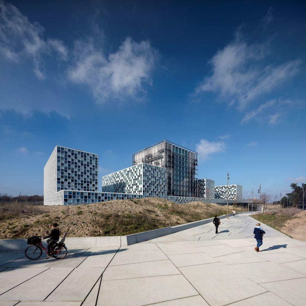 Hunter Douglas levert aluminium lamellenplafond voor Internationaal Strafhof (ICC) in Den Haag