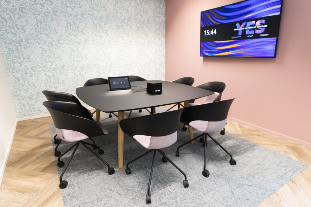 Kinnarps bezorgt Hewlett Packard Enterprise circulaire kantooromgeving