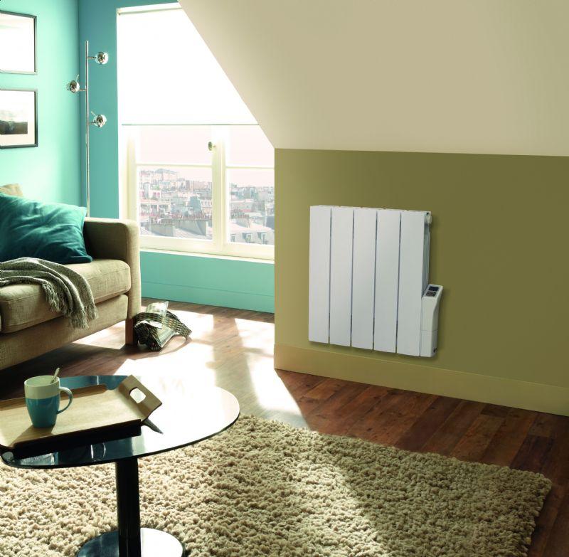 De Zehnder Alura, een budgetvriendelijke en slimme elektrische radiator met elegant design.