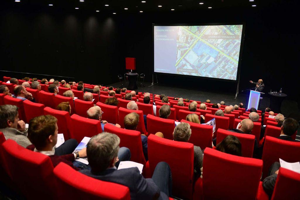 Meer dan 125 aanwezigen kregen het Vesalius-project in primeur voorgesteld.