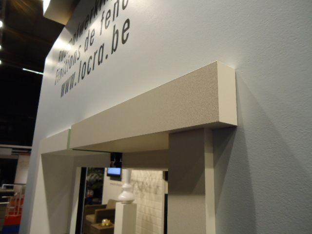 Finitions intérieures d'entretien minimal pour portes et fenêtres