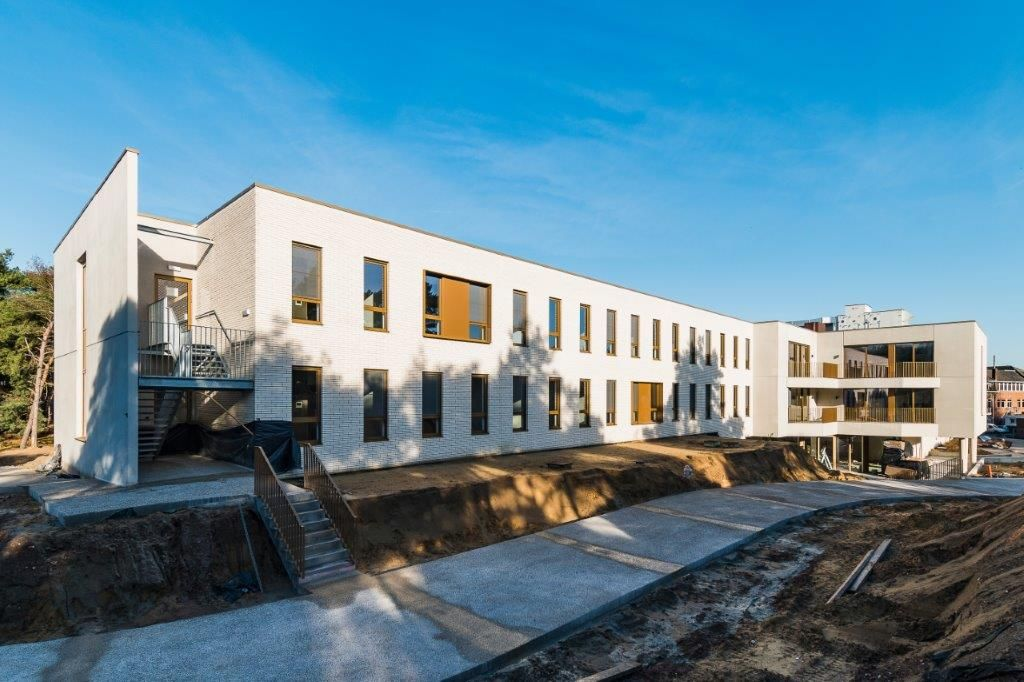 Woonzorgcentrum De Bekelaar biedt in eerste instantie plaats aan negentig bewoners, maar in een tweede fase zal de capaciteit zelfs oplopen tot honderdtwintig bewoners. (Beeld: Marc Sourbron)