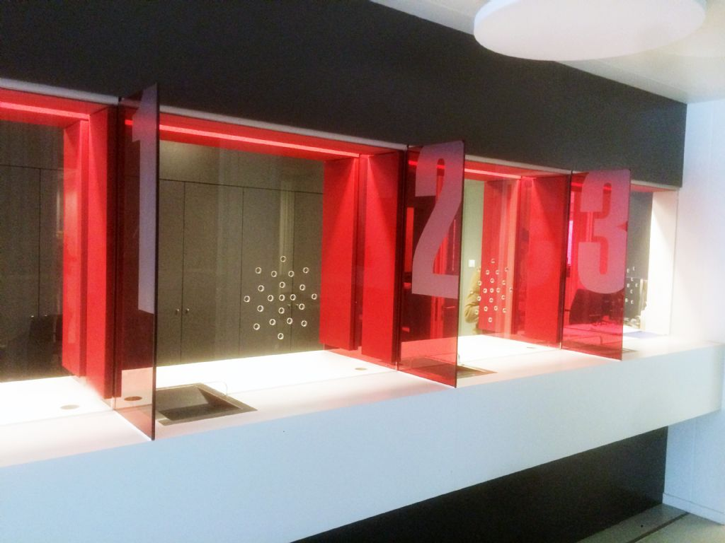 D-Sound – akoestische wand- & plafondpanelen met textiel: Loketten, sociale instelling, Leuven