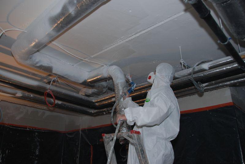 Watergedragen verf maakt het werken in kleine en slecht geventileerde ruimtes een stuk comfortabeler.