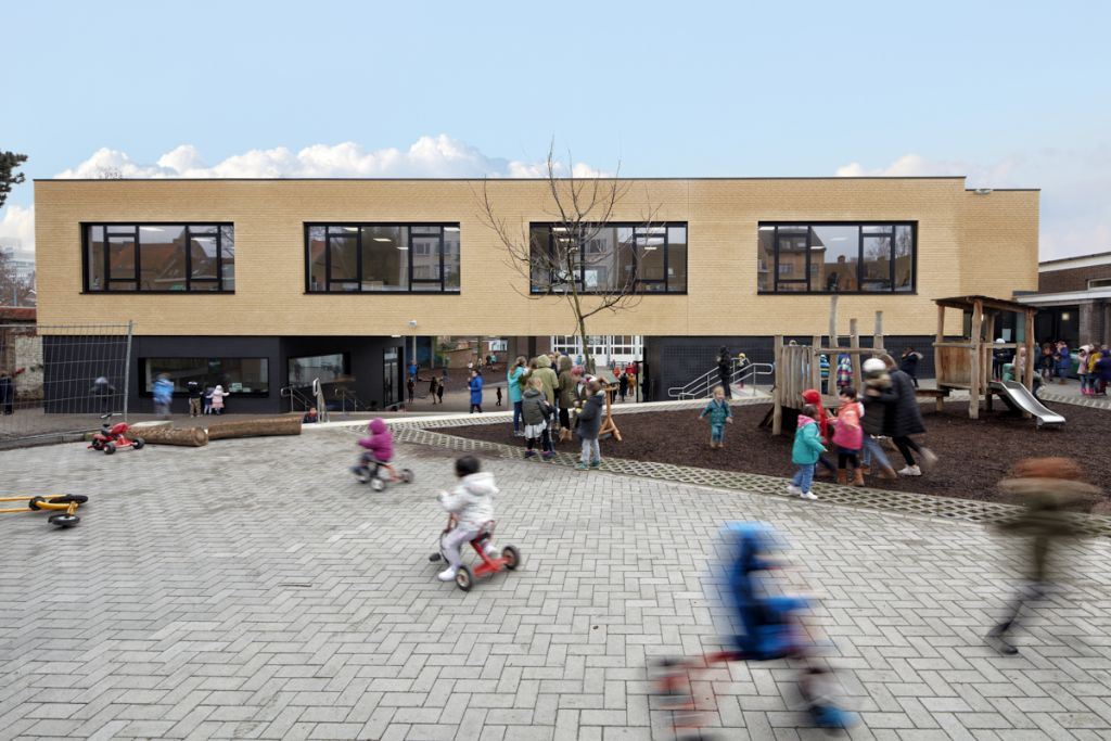 Nieuwbouw versterkt leesbaarheid Leuvense basisschool Grasmus