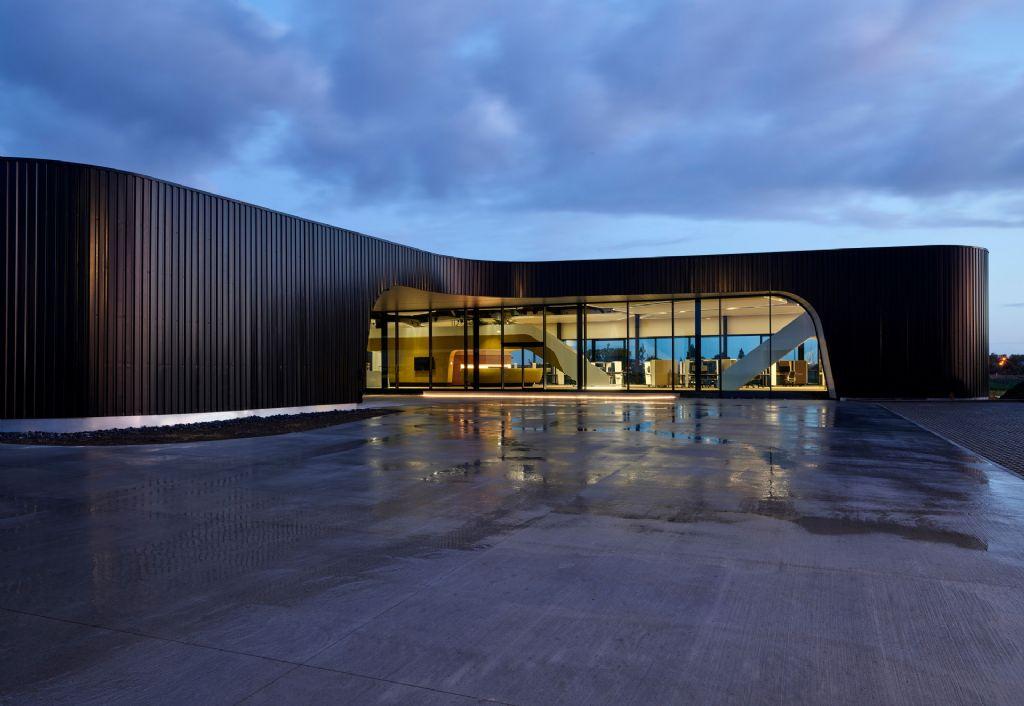 Concours Construction Acier 2020: le siège de la société Goddeeris, où l'acier joue un rôle principal