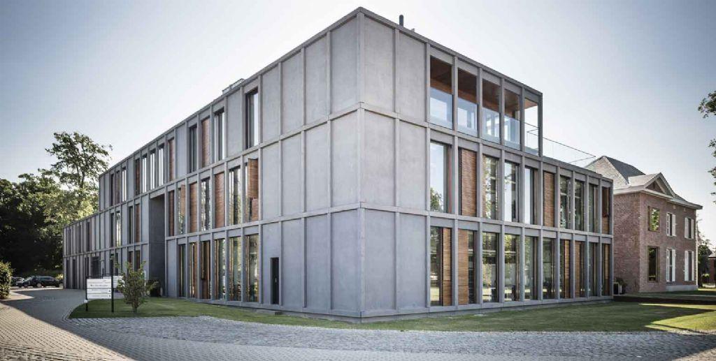 Dienstencentrum Den Breughel: multifunctionele renovatie