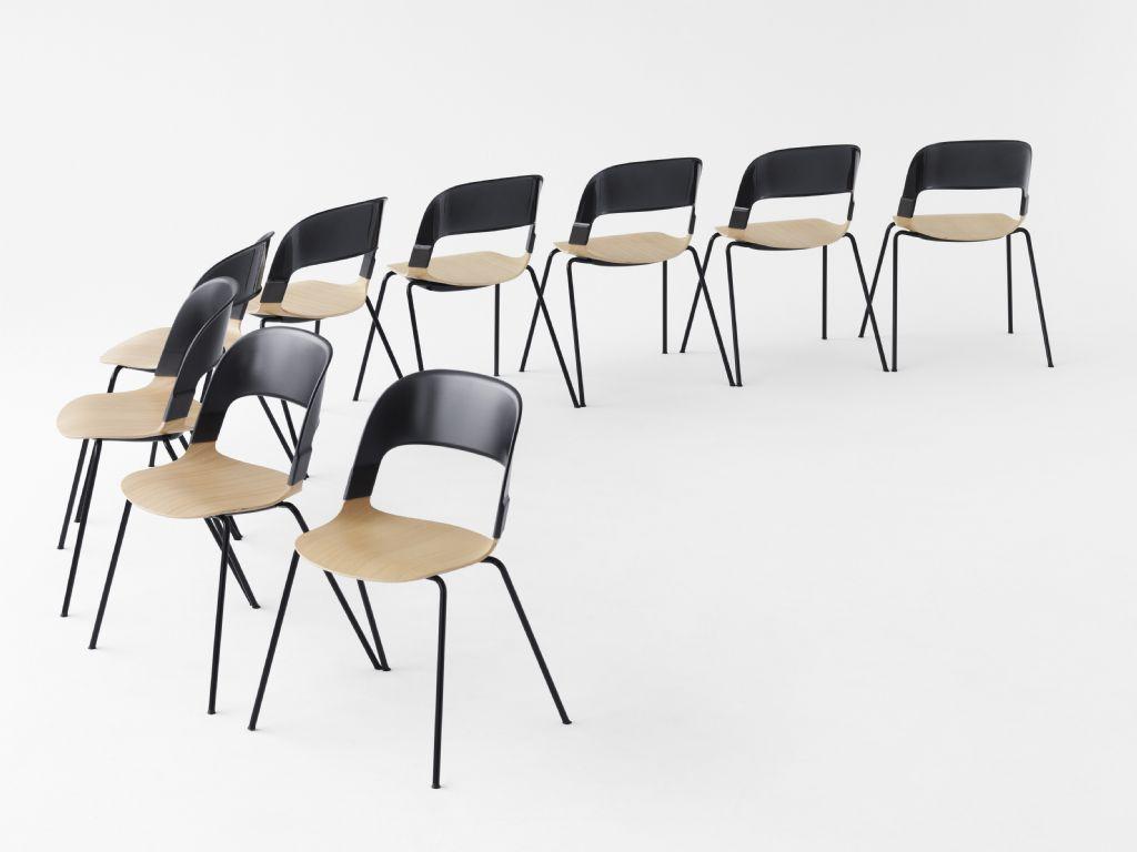 Nieuwe stapelbare stoel Fritz Hansen verenigt modern design en individuele expressie