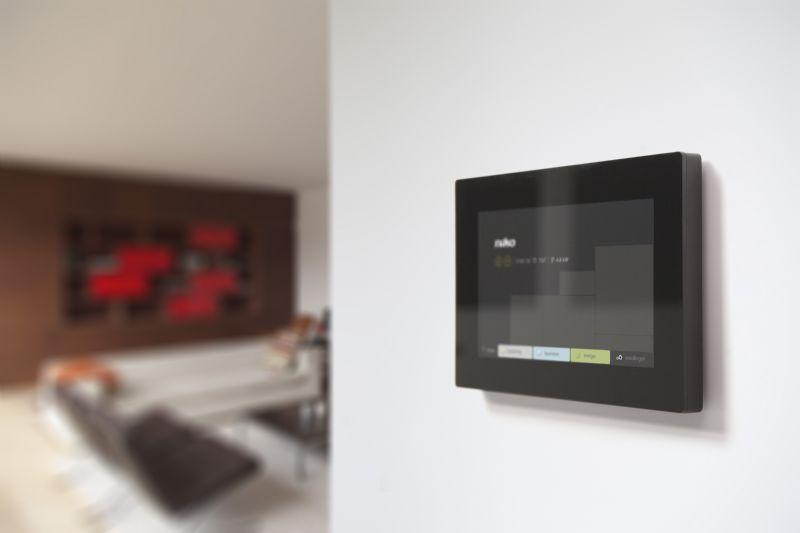De panelen kunnen op allerlei plaatsen binnen het huis gemonteerd worden.