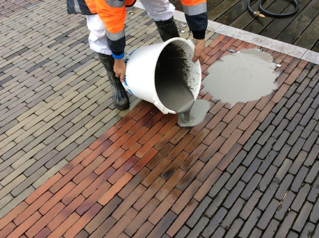 Un nouveau mortier pour le jointoyage parfait de pavements extérieurs