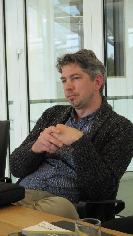 """Geert De bruyn: """"We hebben dat de technieken en installaties heel 'zichtbaar' gemaakt, want de Bouwcampus is niet voor niets 'het gebouw van de toekomst'."""""""