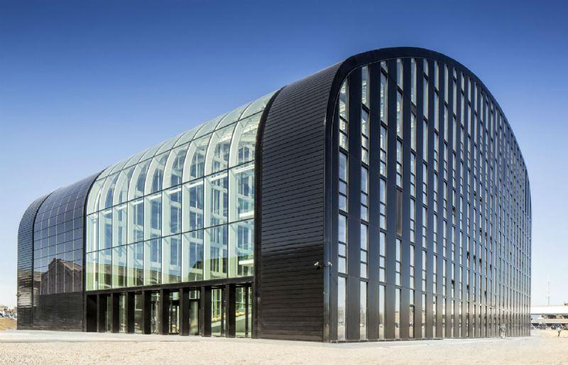 Iconisch passiefcomplex met een uiterst toegankelijke uitstraling voor Leefmilieu Brussel