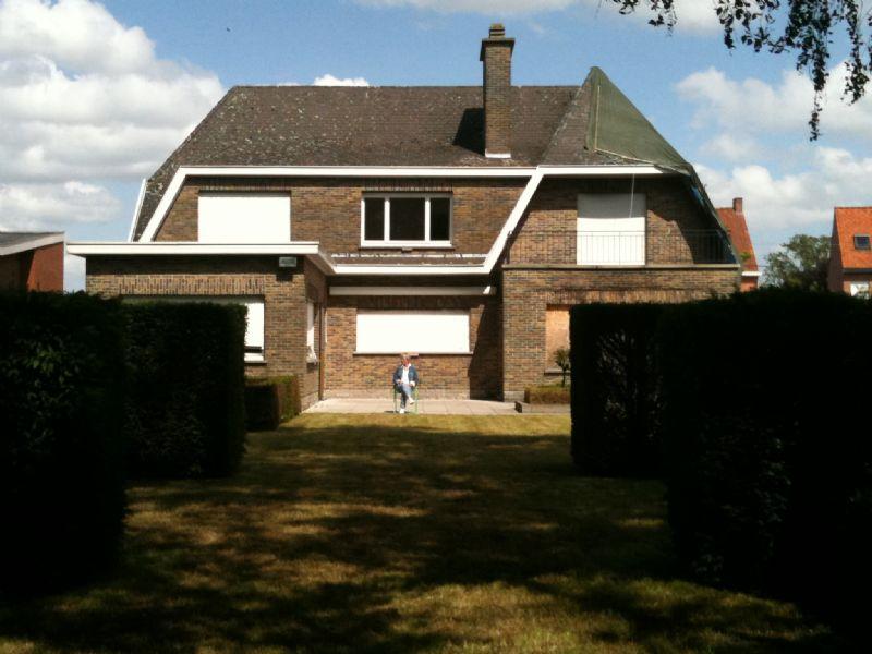 De villa in Waregem voor de renovatie