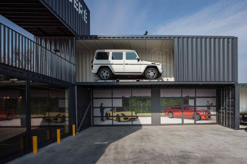 Interesting Cars in omgebouwde zeecontainers