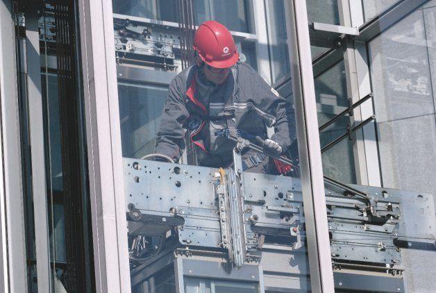 EN 81-20 et EN 81-50 : nouvelles normes européennes pour les ascenseurs