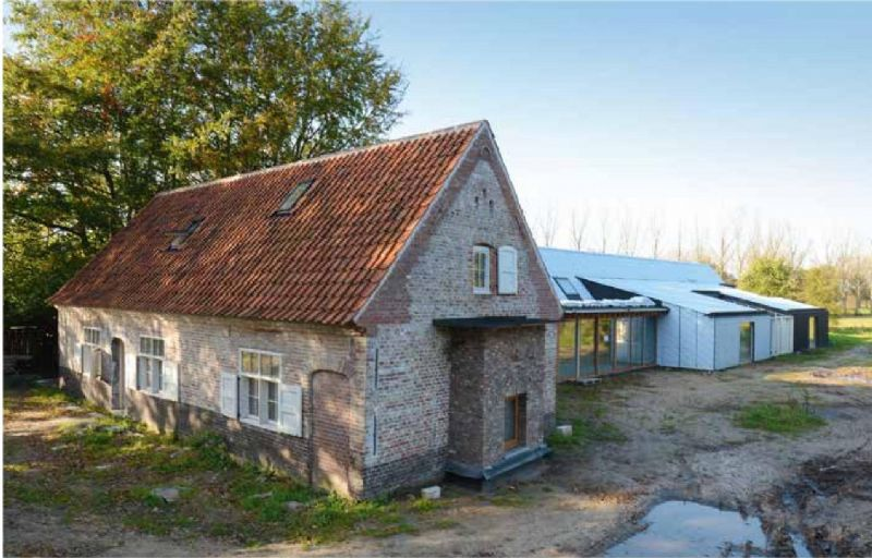 Architect Wim Goes verbouwt tweehonderd jaar oude boerderij met behulp van VMZINC