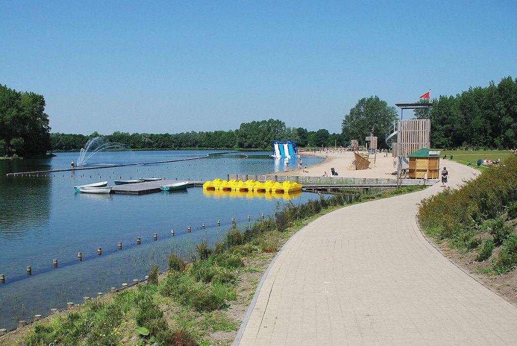 Oproep aan ontwerpers: nieuw horecagebouw en speeltuin voor Gentse Blaarmeersen