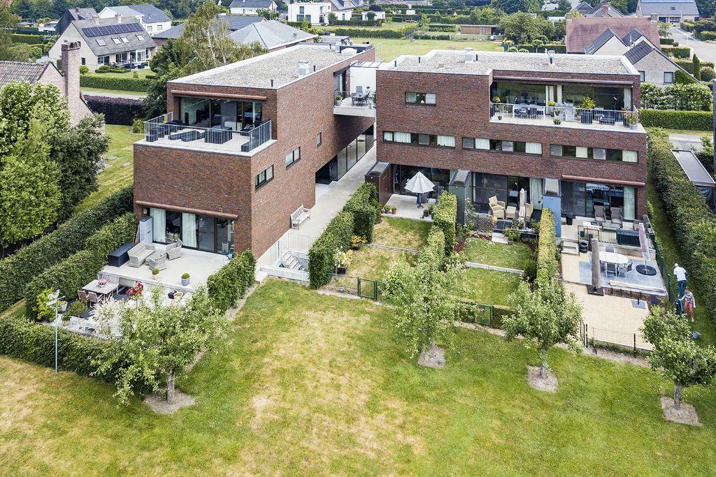 Alternatief verkavelingsmodel: zeven wooneenheden voor één villa