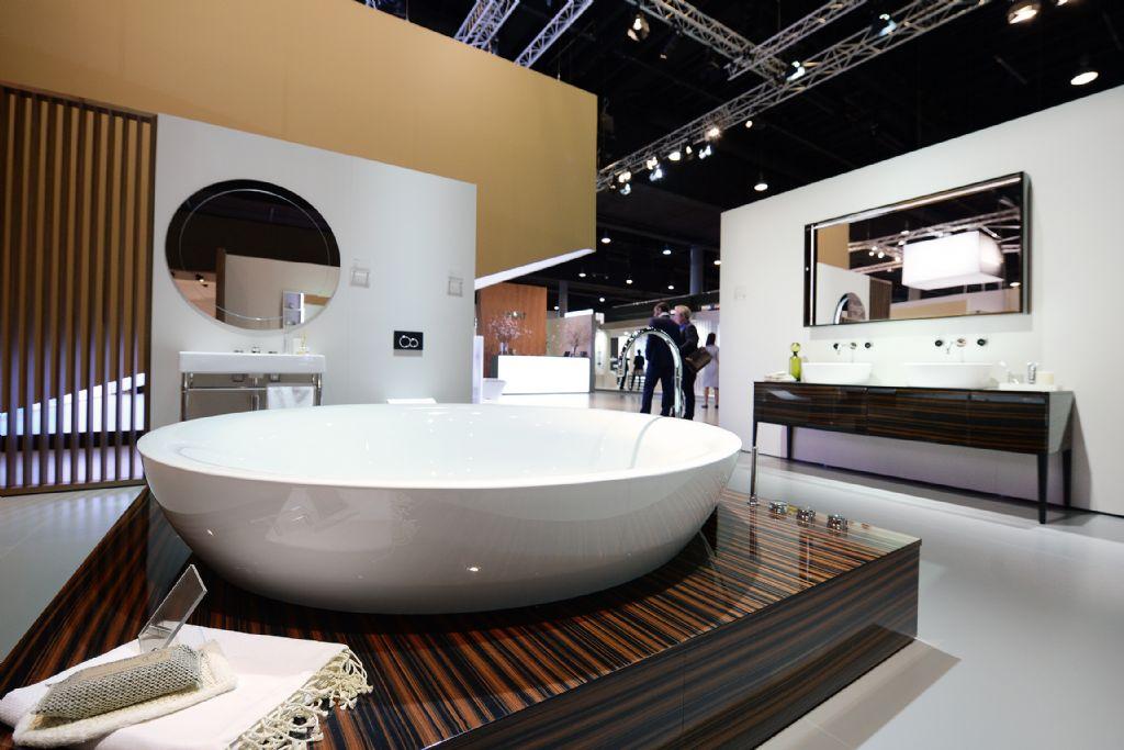 In 'Pop up my bathroom' tonen bedrijven hoe elke gebruiker, met de hulp van ontwerpers en de industrie, zijn eigen badkamer kan creëren.