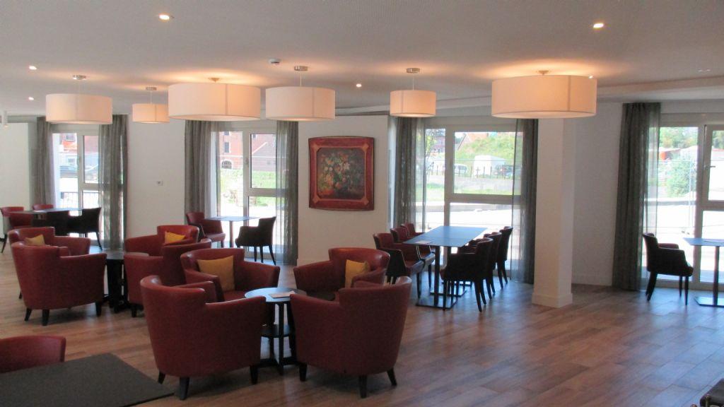 Het stijlvolle Grand Café zal vanaf binnenkort aansluiten op een gezellig pleintje boven de Demer.