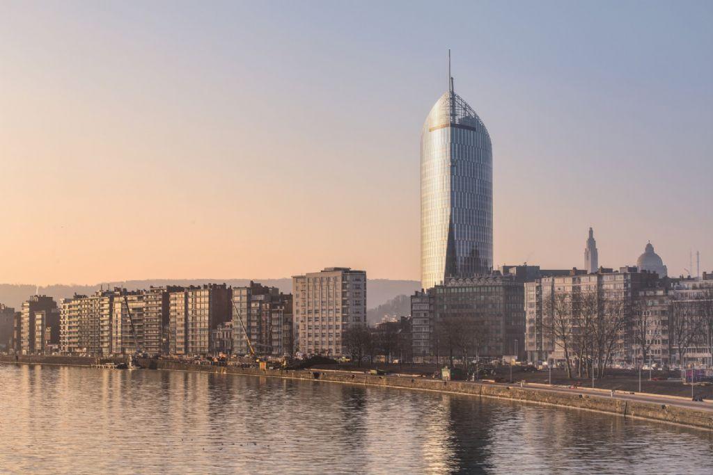 La Tour (des finances) Paradis, à Liège, une conception des bureaux Jaspers-Eyers et BAG.