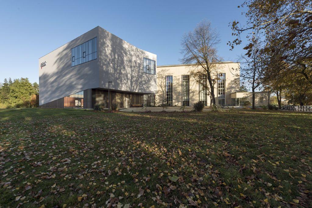 Belle pirouette architecturale pour l'ESAC