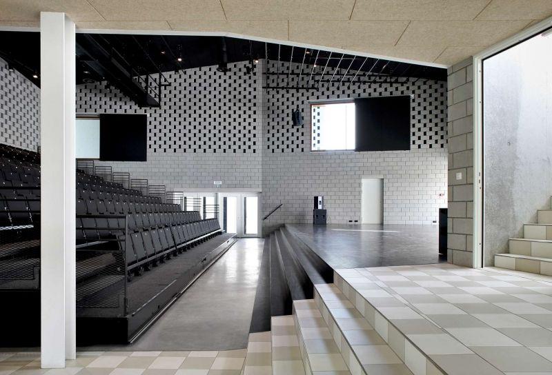 De binnenkant van De Leege Platse biedt ruimte voor verschillende activiteiten.