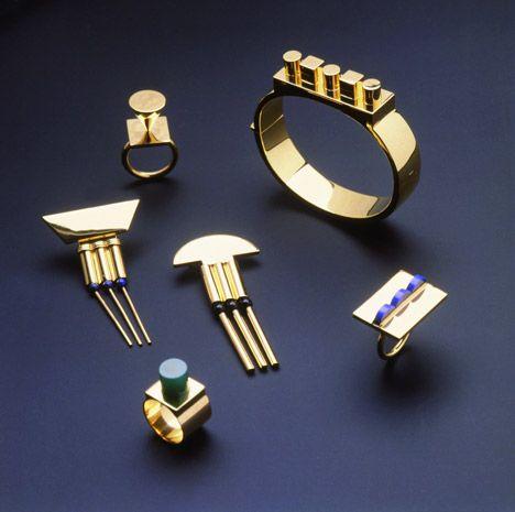 Juwelen ontworpen door Hollein voor Cleto Munari.