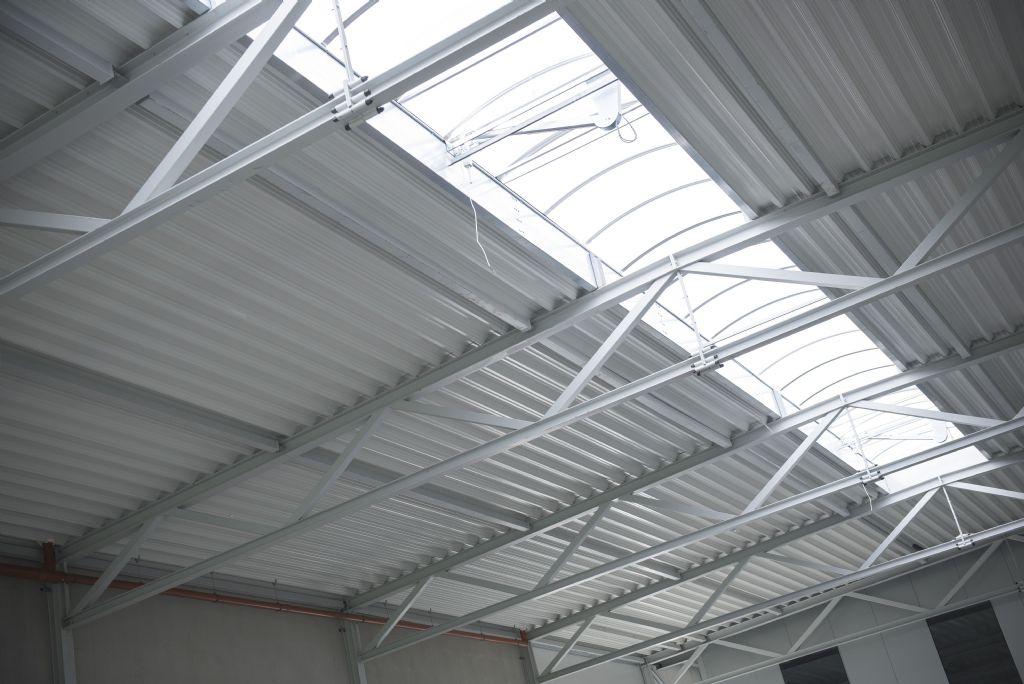 Isolation des toitures plates Kingspan : technique à l'extérieur, esthétique à l'intérieur
