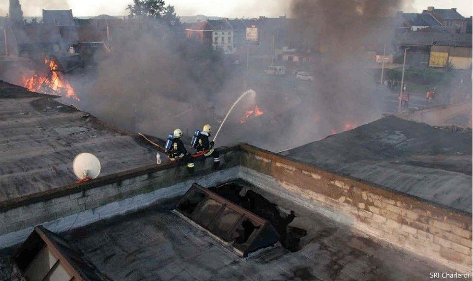 TECHNISCHE INFO. Brandgedrag van platte daken: ATG's om uit de impasse te geraken