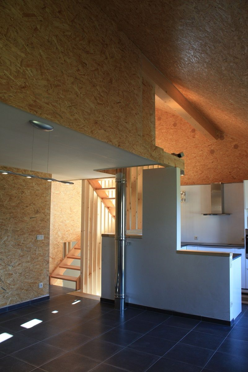 Rénovation lourde d'un bâtiment de ferme en logement, à Stoumont