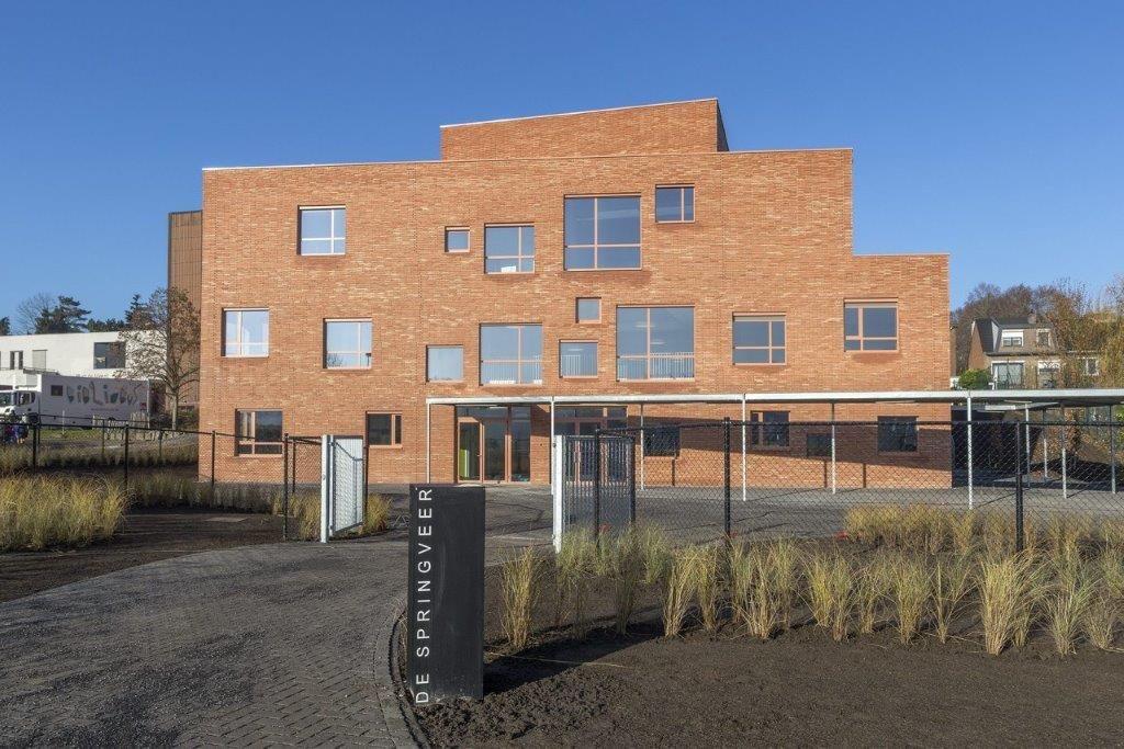 De Springveer ontpopt zich tot architecturaal en educatief neusje van de zalm (TEEMA architecten)