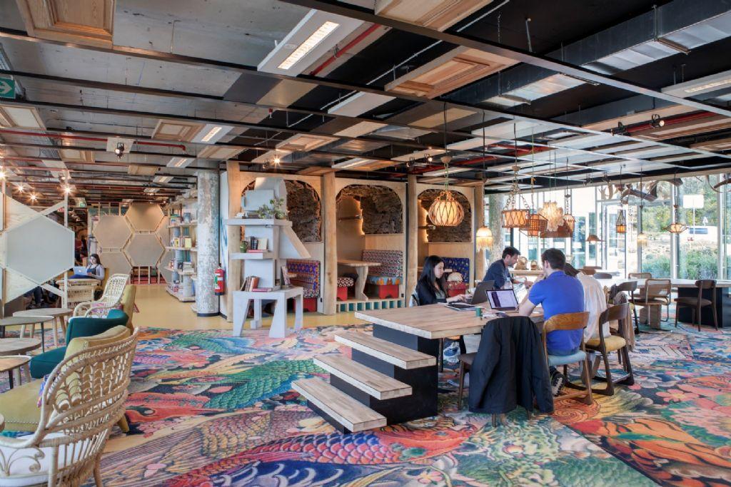 Nieuw Brussels coworkingcenter ontworpen door Lionel Jadot