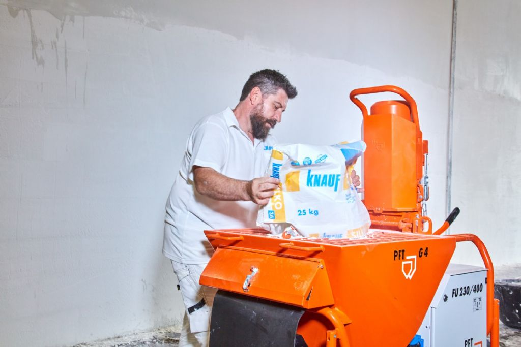 Knauf lanceert voorgemengd dunpleister dat extra flexibiliteit biedt op grote werven