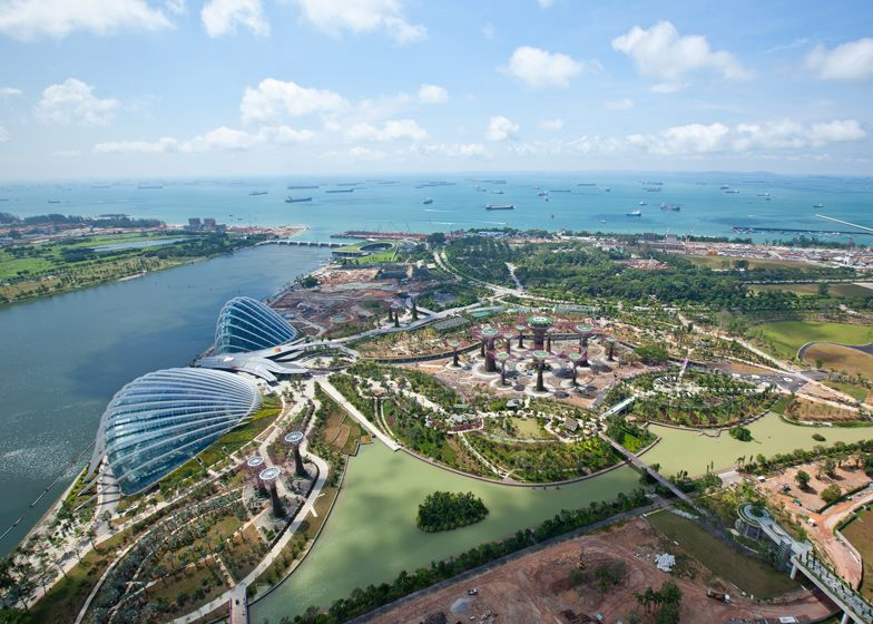 Gardens by the bay van Grant Associates en Wilkinson Eyre Architects.