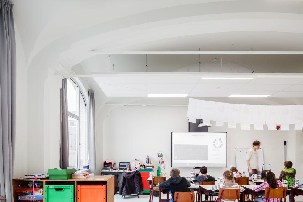 """Les vieux bâtiments deviennent les """"Ecoles de demain"""", modernes et agréables"""