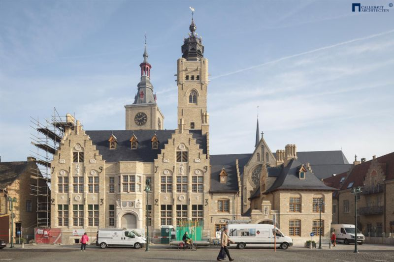 ono architectuur - Stadhuis Diksmuide