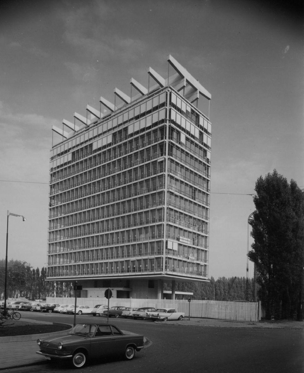 BP-building, Léon Stynen i.s.m. Paul De Meyer (Collectie Vlaams Architectuurinstituut- Collectie Vlaamse Gemeenschap)