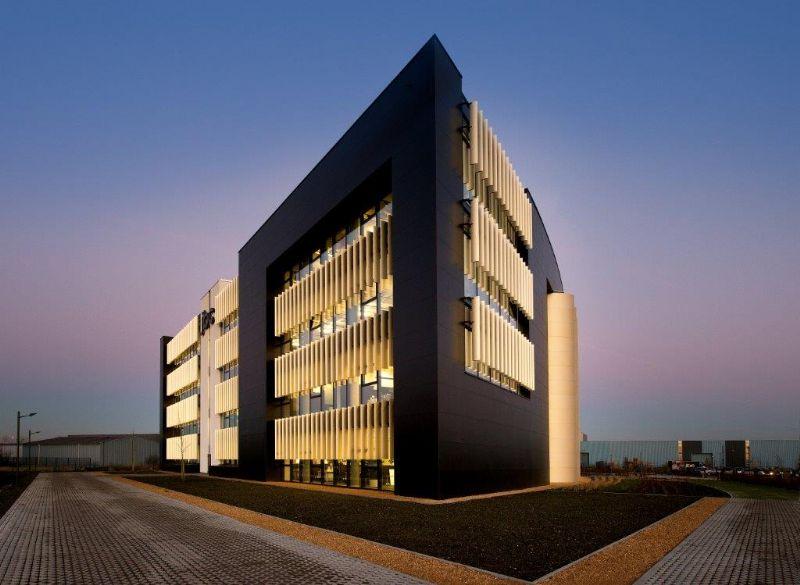 Studio Dupont: hoofdkwartier JBC Houthalen-Helchteren.