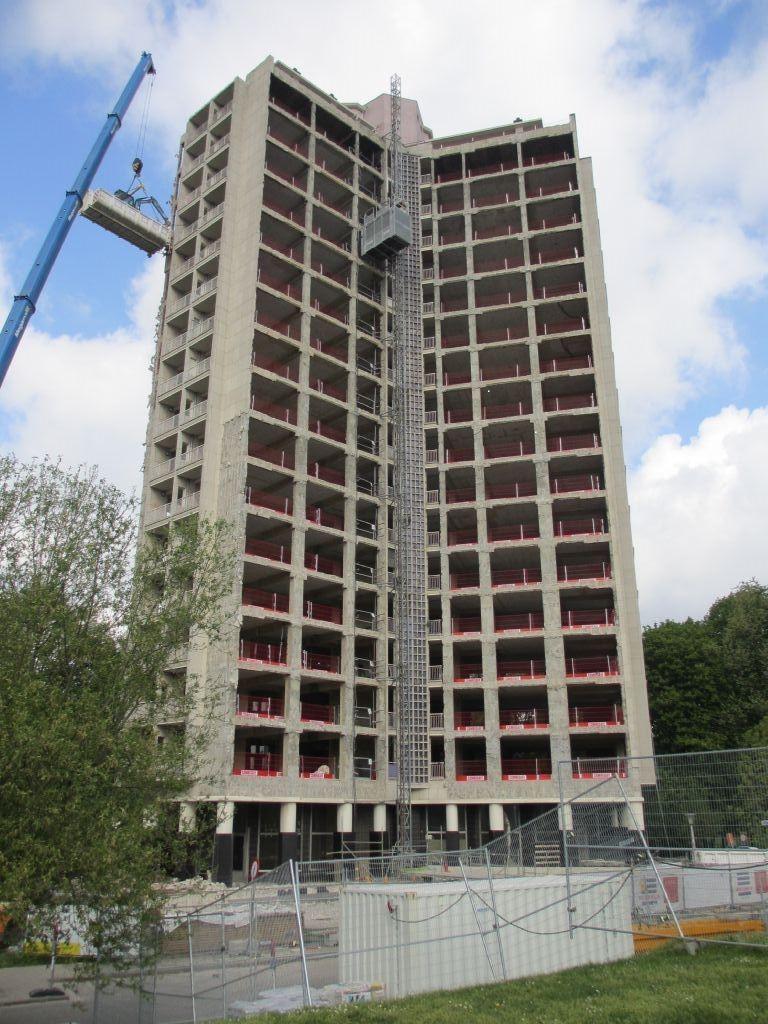 De Kielparktorens in Antwerpen ondergaan een ingrijpende energetische renovatie, met de steun van VLAIO.