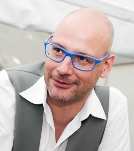 Bart Cobbaert (DENC!-STUDIO): 'Een digitale nieuwsbrief moet toegevoegde waarde kunnen bieden'