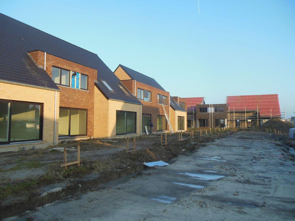 Logements sociaux à Furnes (MO Woonmaatschappij IJzer en Zee).