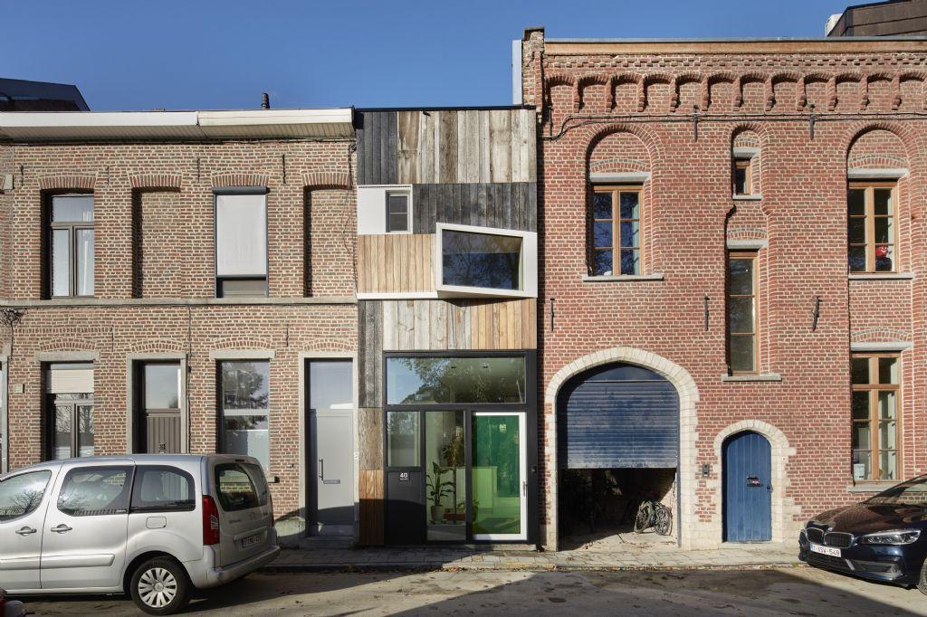 BBA 3-2-1 Façade : WOODFACE (guerrilla office architects)