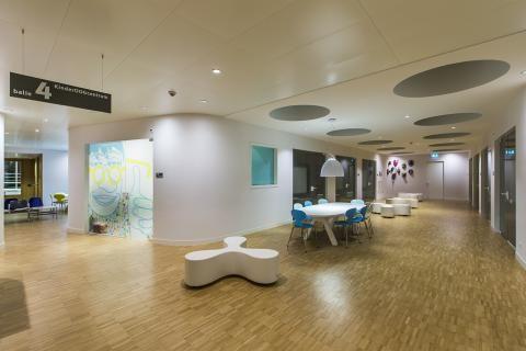 Clip-In plafondtegels van LCC zorgen voor stijlvol en tijdloos plafond