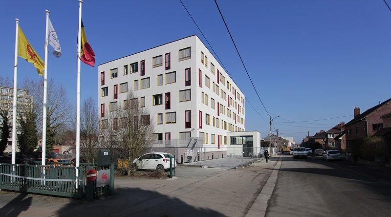 Rénovation lourde d'un immeuble de bureaux à Mons (DSW Architects)