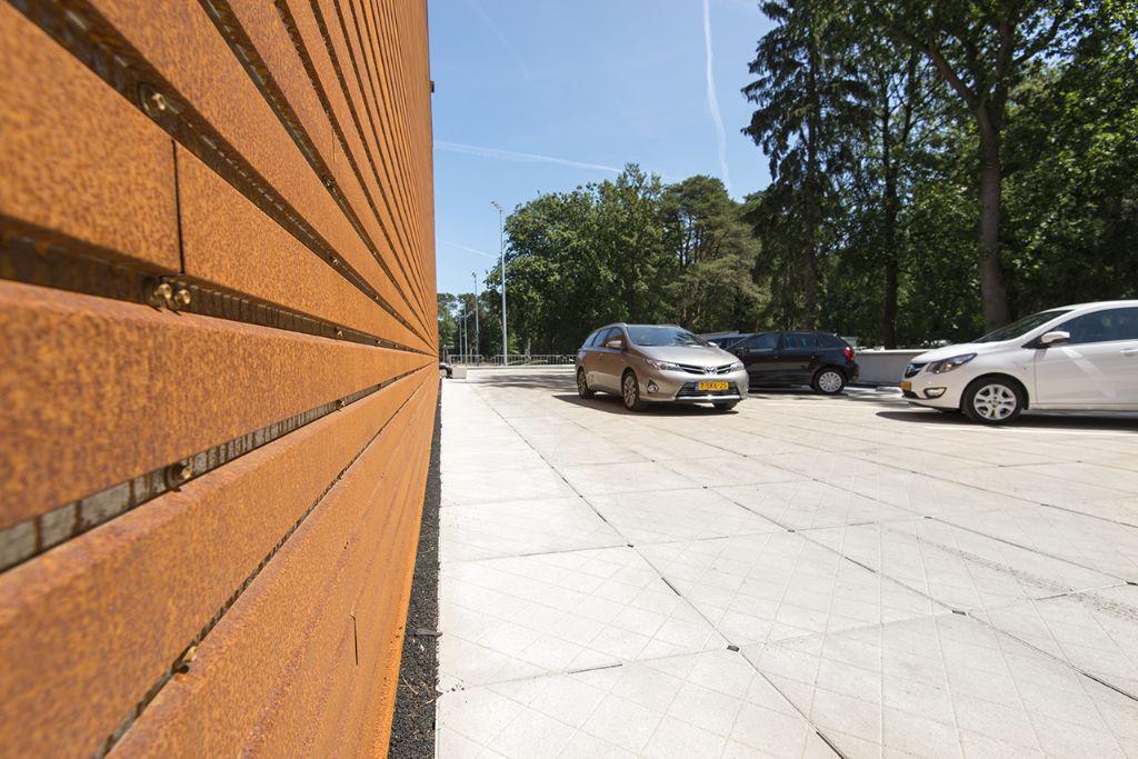 Parkeerdak Sportmedisch Centrum KNVB, Zeist.