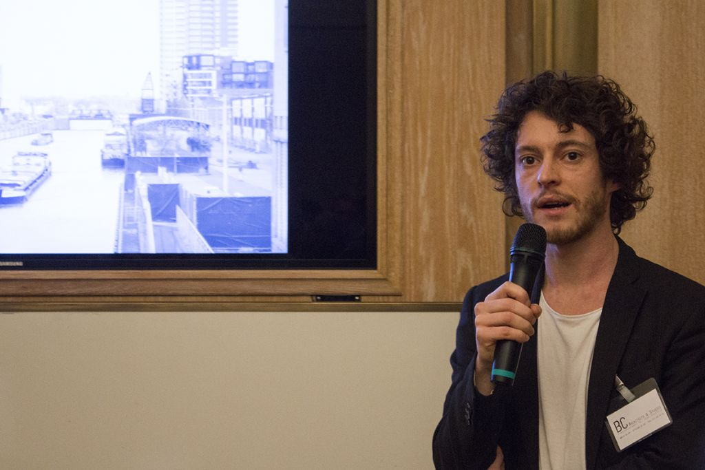 Wesley Degreef van BC architects & studies geeft meer uitleg over de nieuwe site van Inter-Beton op de Havenlaan in Brussel.