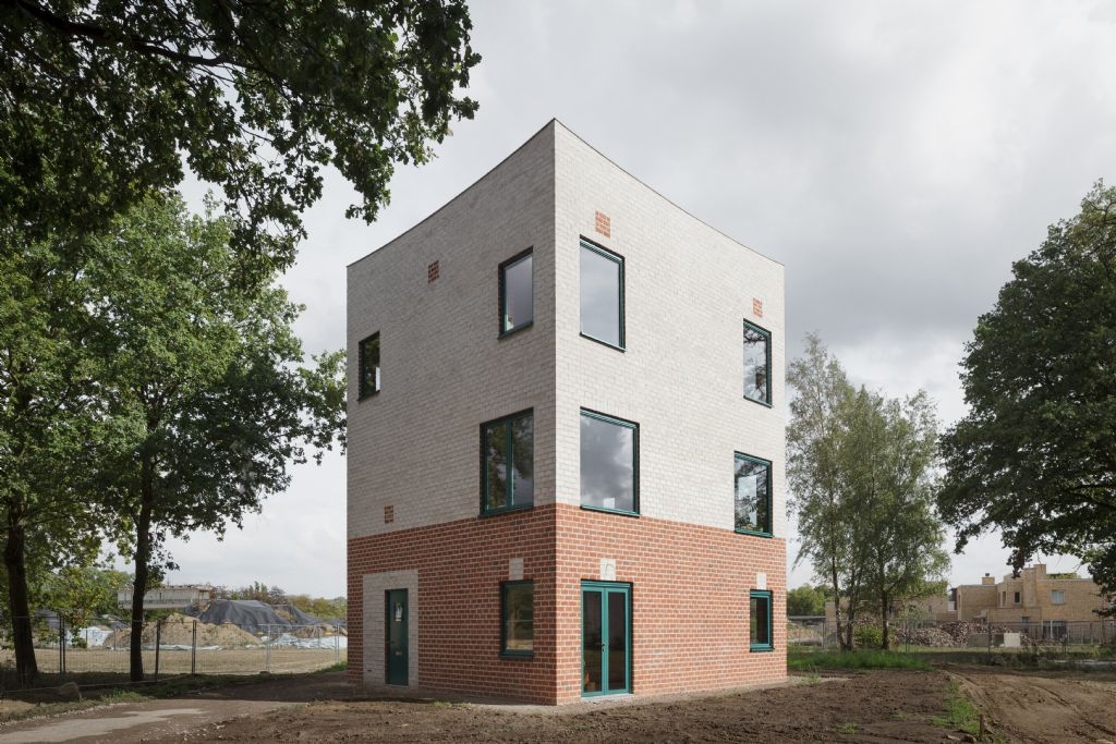 Category Winner Feeling at home: Atlas House - Architect Monadnock, The Netherlands